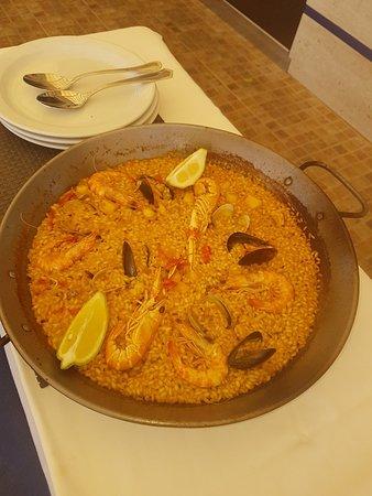 Les Palmeres Restaurant Marisqueria: 20180719_140132_large.jpg