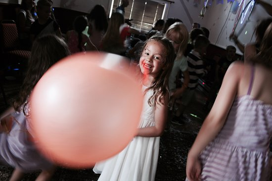 East Farleigh, UK: My daughter's birthday party at The Bull Inn Farleigh