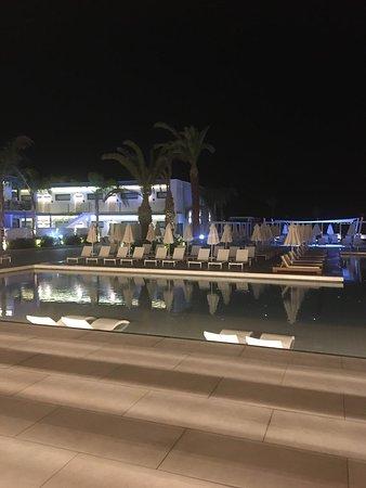 ocean beach club cyprus ayia napa cypern omd men och. Black Bedroom Furniture Sets. Home Design Ideas