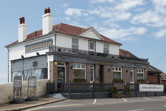 Southwick, UK: The Schooner