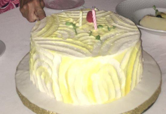 Phenomenal Birthday Cake White Yellow Cake With White Yellow Buttercream Funny Birthday Cards Online Benoljebrpdamsfinfo