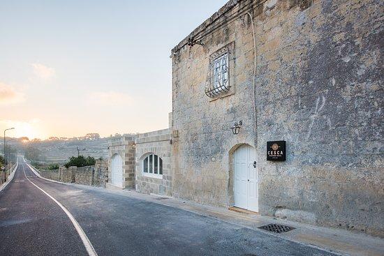 Cesca Boutique Hotel: Entrance