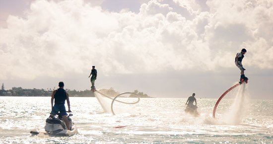 Bermuda: Fly Boarding, Mangrove Bay