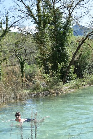 """Parco dei Mulini : The lower warmer pool """"The Outdoor Bath"""" @PdM - BV [Fotress of Tentennano in background]"""
