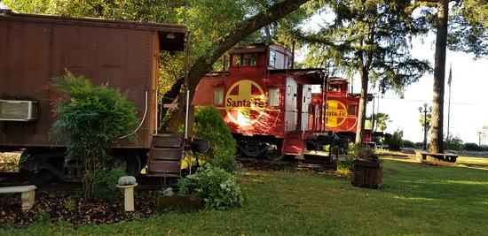 Nice, CA: A sample of the outside of the grounds. Ours was the caboose in the front called the Casablanca.