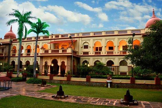Shivavilas Palace, HAMPI (An ITC WelcomHeritage Hotel)