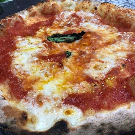 Pizzeria mif bareggio ristorante recensioni numero di for Case bareggio
