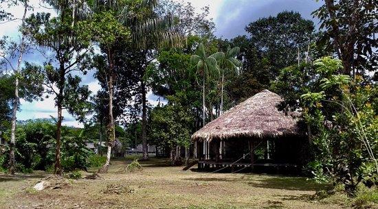 Rorainopolis, RR: The big Maloca, where food is served