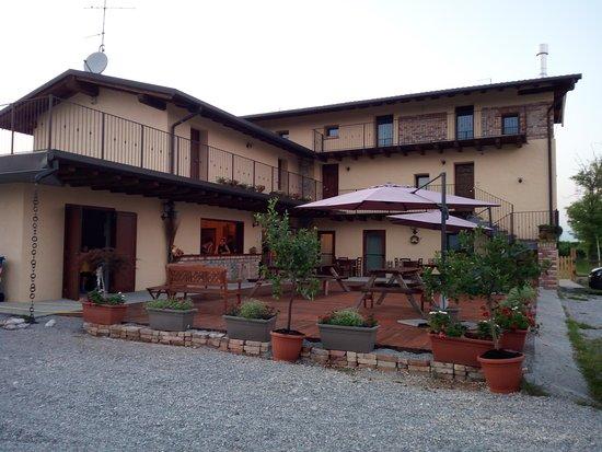 San Marco dei Cavoti, Italia: Esterno Agriturismo