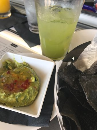 Nuevo Modern Mexican and Tequila Bar照片