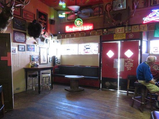 AL The Wop's: Bar Area