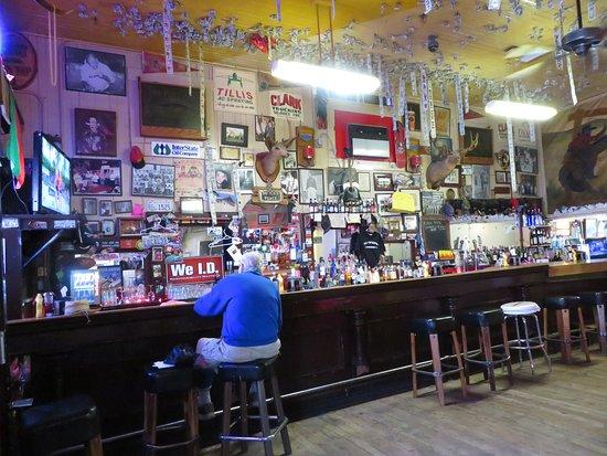 AL The Wop's: The Bar
