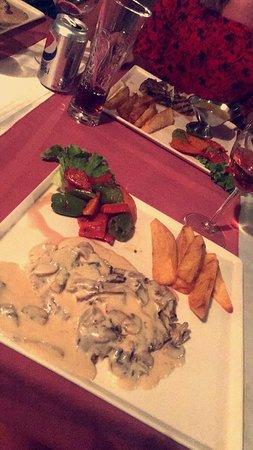Kosede Steak & Wine House: Mushroom steak