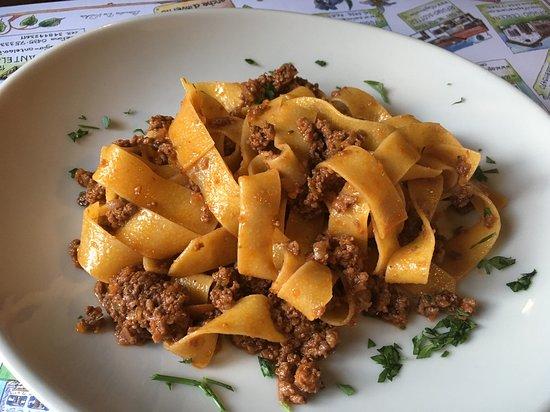 Domegge di Cadore, Италия: Jednoduché, ale chutné