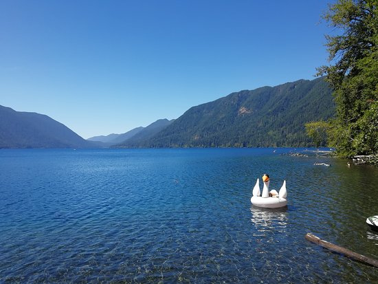Olympic Hiking Co.: Lake crescent