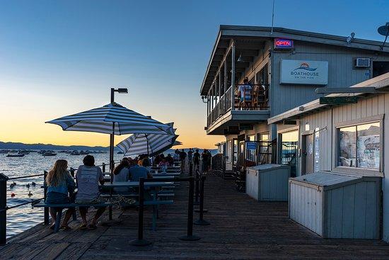Boathouse On The Pier照片