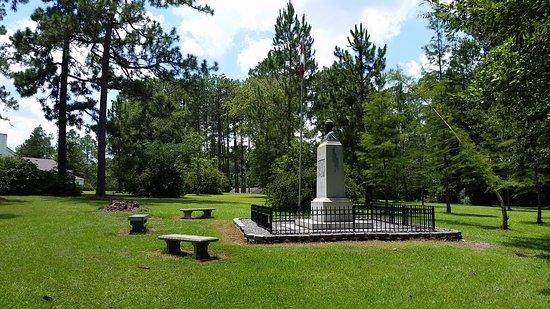 Jefferson Davis Memorial Park Photo