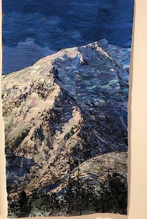 Titirangi, Neuseeland: Dark Horizons Exhibition July 2018. Hand embroidery of Hindukush Mountain Range by Abdul Abdulla