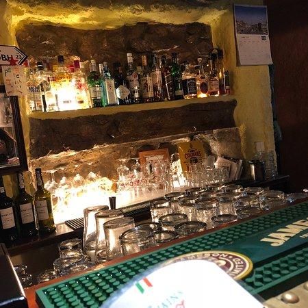 O'Luain's Irish Pub: photo3.jpg