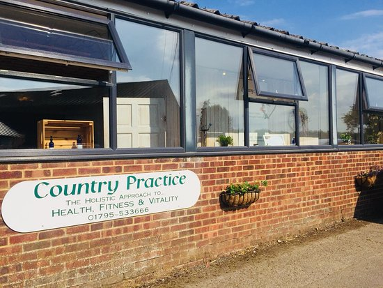 Faversham, UK: Country practice
