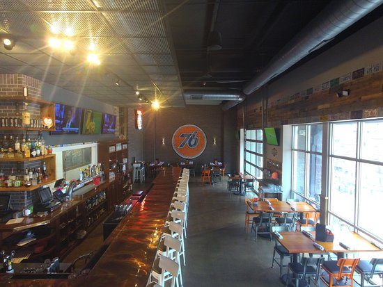 North Liberty, IA: Full Bar with 76 Taps