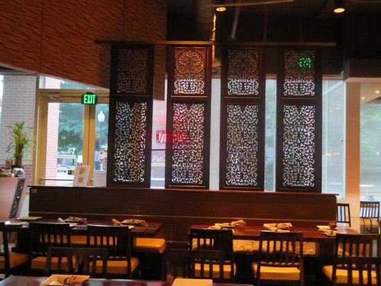 Classy interior decor - Picture of Pasara Thai Restaurant ...
