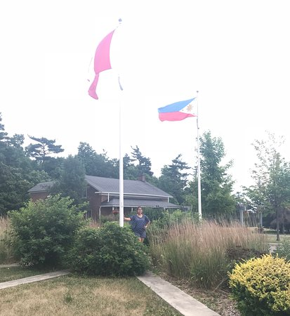 Thornhill, Canadá: First time seeing our national Philippine flag at the park in Canda.