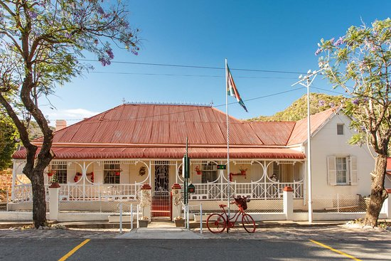 De Rust, Sudáfrica: Main House on grounds