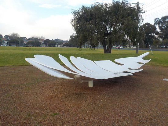 Oakleigh, Australia: Interesting art piece