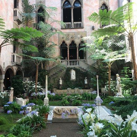 Isabella Stewart Gardner Museum: photo3.jpg