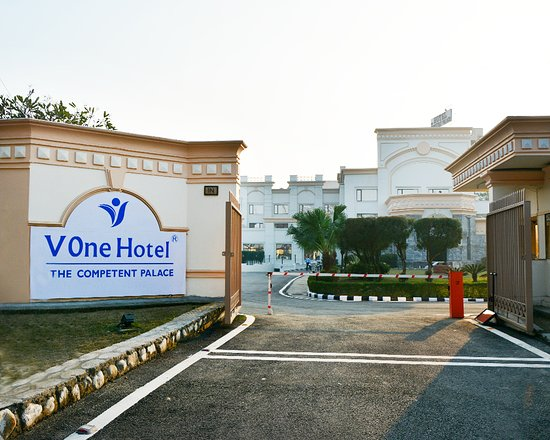 V One Hotel - The Competent Palace