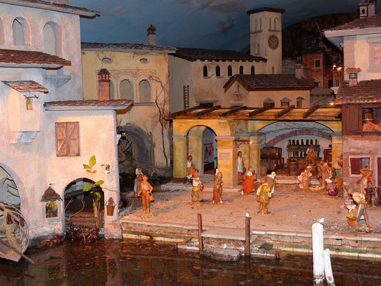 Mezzegra, Italië: Scene 4