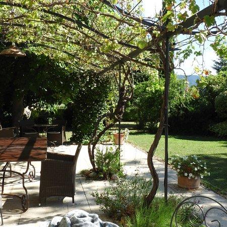 Cabrieres-d'Avignon, Frankrijk: photo1.jpg