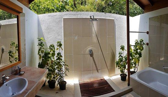 Rain Shower Reethi Beach Resort