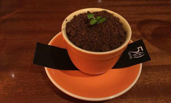 50 Bistro: Dessert, Tiramisu