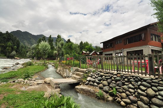 Beach Resort Pahalgam