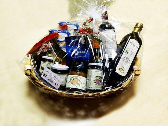 Il Gusto dell Etna: Unsere Geschenkkörbe oder Geschenkgutscheine sind genau das Richtige für Ihre Lieben.