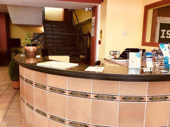 Hotel Refugi dels Isards: recepción