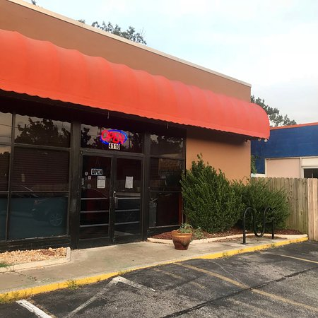 An Early Dinner At Its New Location On Colley Avenue Picture Of