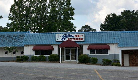 Pfafftown, Carolina del Norte: Formerly a seafood restaurant