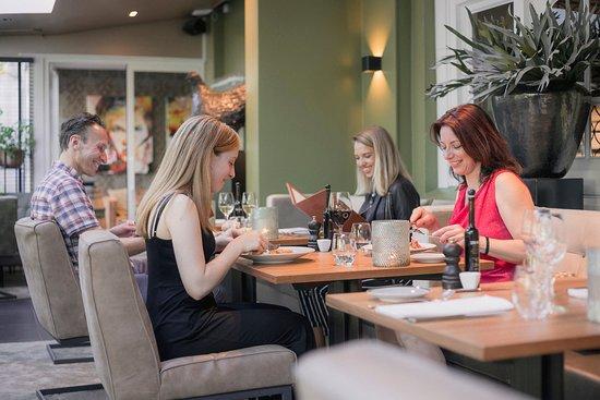 Bosch en Duin, Holandia: Diner in de salon