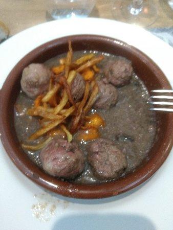 写真Restaurante Tres Quinones枚