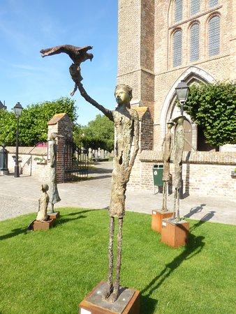 Lissewege, Belgium: summer open air art museum