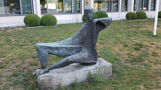"""Skulptur """"Der Wächter"""""""