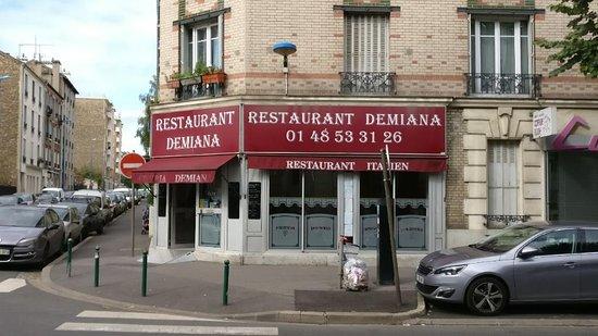Choisy-le-roi, France: demiana restaurant