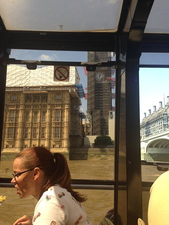 【浪漫美食体验】伦敦泰晤士河午餐游船之旅(含两道式午餐)照片
