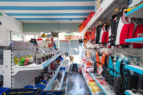 Sailor's store