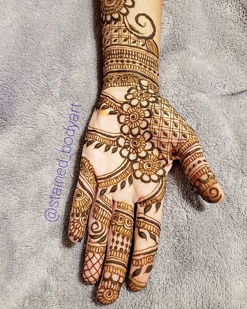 Palm Henna Natural Safe Henna Made By Me Picture Of Stained Body