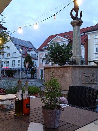 Ichenhausen, Tyskland: View from restaurant to town centre.