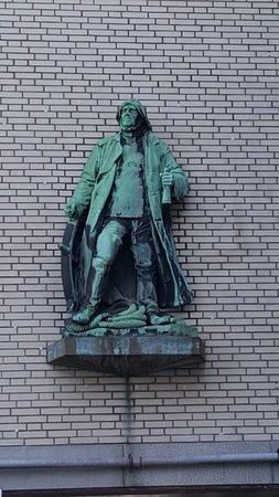 """Skulptur """"Steuermann"""""""